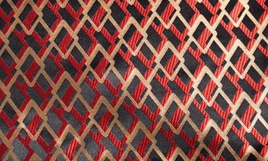 scialle pura seta nero, rosso, oro - fantasia, disegno 200187